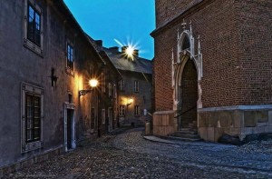 Тарнув - классный город в 80 км от Кракова